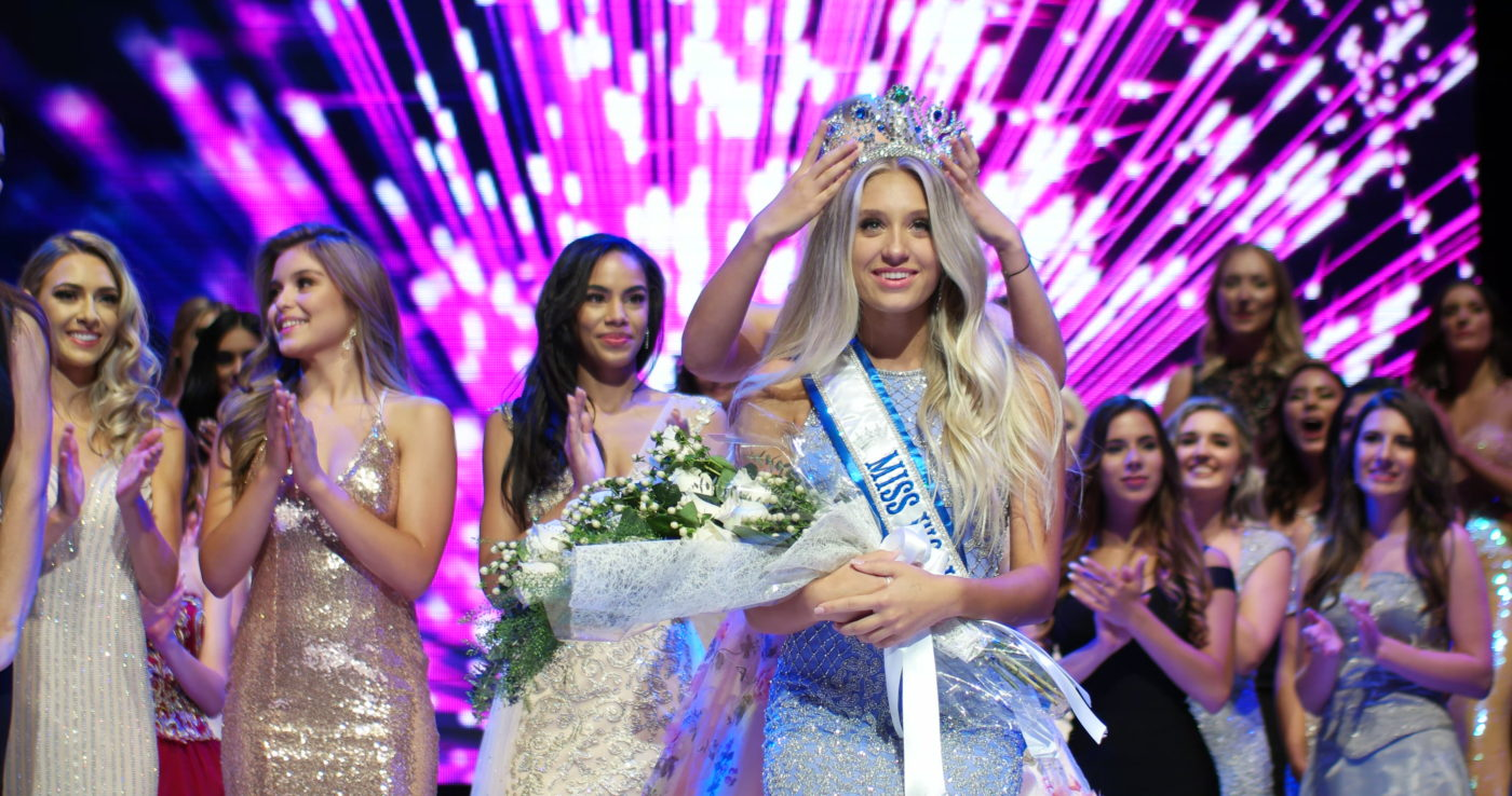 Hanna Begovic is crowned Miss World Canada 2018 on 28 July 2018 at Lyric Theatre Toronto